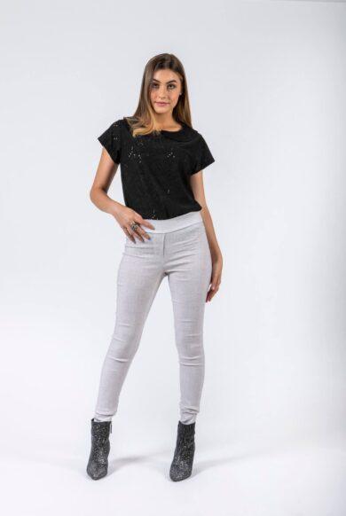 חולצה עם שרוולים מבד תחרה דגם להוקיר שחור