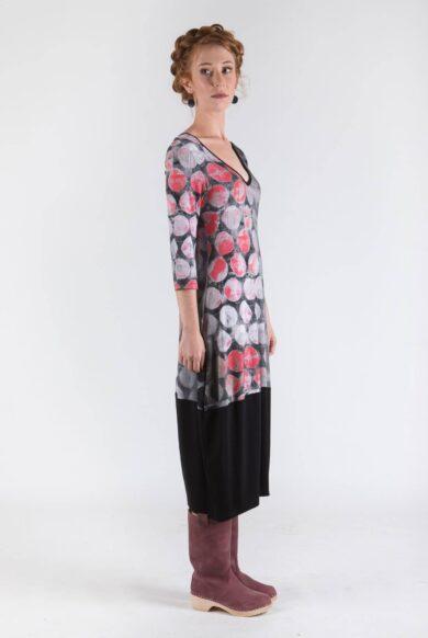 שמלת עיגולים עם שרוול דגם חוצפנית-אדום