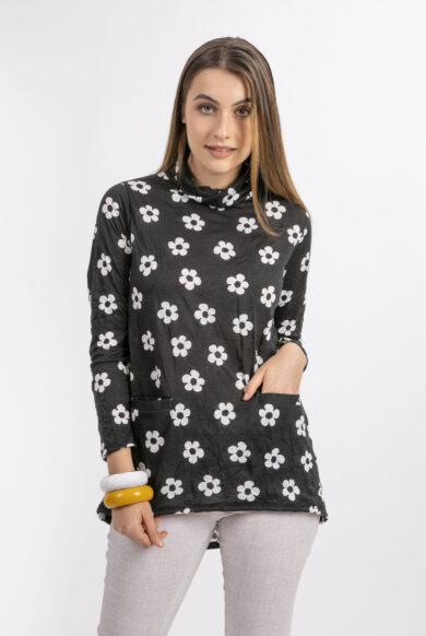 חולצה שחורה מבד כותנה