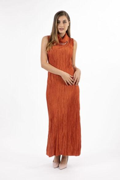 שמלה ארוכה ארוכה מעוצבת בצבע בריק