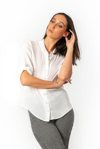 חולצה מכופתרת מעוצבת מבד פוליאסטר