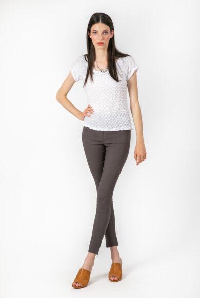 חולצת קצרה דגם כרמן בצבע לבן