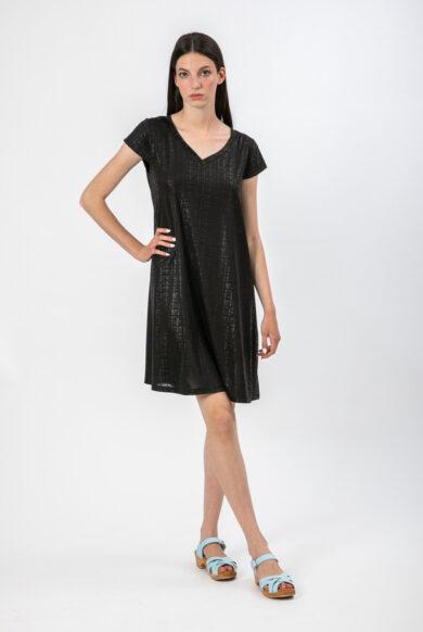 שמלה מבד דמוי עור בצבע שחור